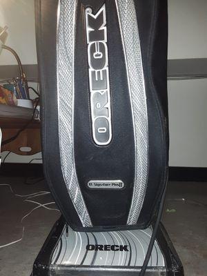 *price reduced* Oreck xl signature plus 2 vacuum for Sale in North Chesterfield, VA