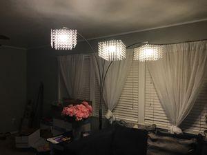 Floor Lamp for Sale in Bakersfield, CA