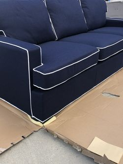 Brand New Tommy Hilfiger Sofa, Retails For Over $1000 for Sale in Fowler,  CA