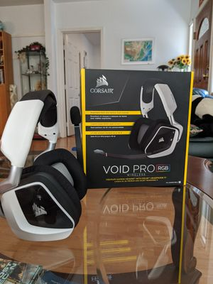 Corsair VOID Pro RGB Wireless Headset Gaming (Comes with Original Packaging) for Sale in South Pasadena, CA