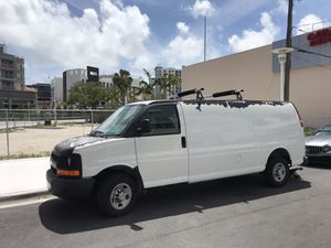 CHEVY EXPRESS LOW MILAGE for Sale in Miami Beach, FL