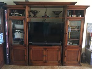 Console table for Sale in Lynnwood, WA