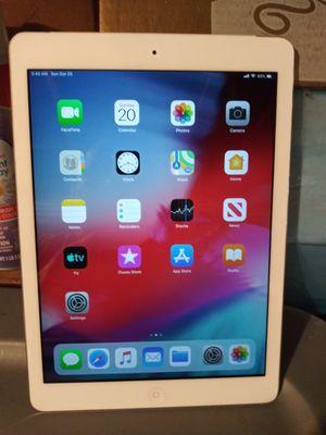 Apple iPad Air 2 (NEW) for Sale in Fieldsboro, NJ