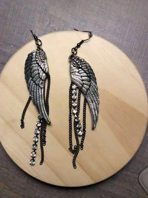 Wing with diamond accent dangle earrings for Sale in Murray, UT
