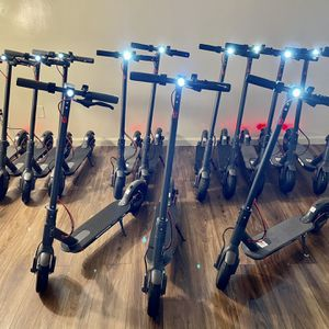 Electric Scooters 350W (NEW ) for Sale in Torrance, CA