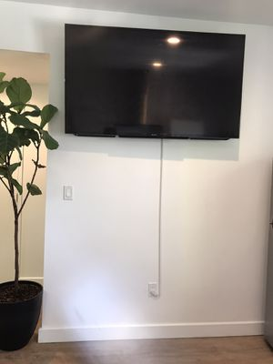 """60"""" inch Sony Bravia Smart TV for Sale in Los Angeles, CA"""