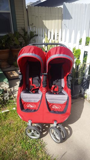 City mini double stroller good conditions for Sale in Ontario, CA