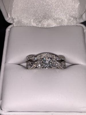 14K White Gold Engagement ring with wedding band size 5.5 for Sale in Everett, MA