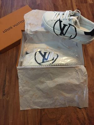 "Louis Vuitton Timeout Sneakers Women's Size 38 ""7.5"" $300 for Sale in Philadelphia, PA"