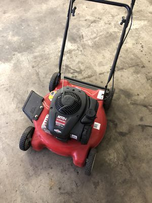 Briggs lawn mower side discharge for Sale in Bonney Lake, WA