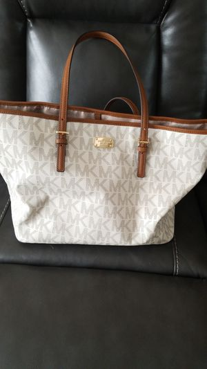 Michael Kors Authentic Tote Bag Like New for Sale in Winter Springs, FL