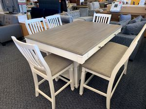 New Lifestyle 6 pc white and grey dining set for Sale in Norfolk, VA