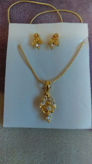 Necklace Set (2 Available) for Sale in Warren, MI