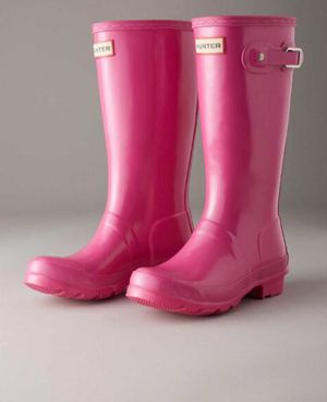 Brand new size 5kids hunter boots fits women size 7 for Sale in New York, NY