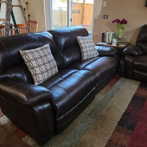 2 Couches for Sale in Fairview, OR