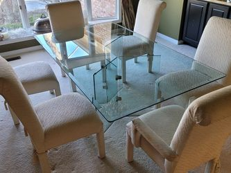 Glass Dining Room Table And Chairs for Sale in Ballwin,  MO