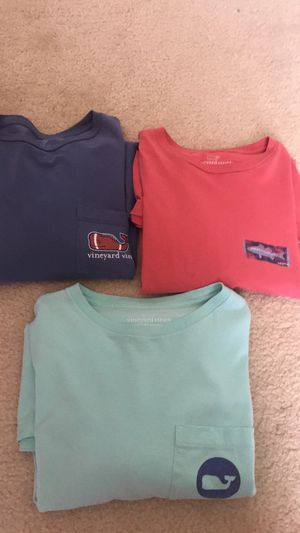 Men's Vineyard Vines long sleeve for Sale in Centreville, VA