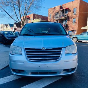 Chrysler Town& Country 2010 for Sale in Queens, NY