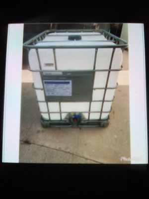 Water tank holds 250 gallons for Sale in Carson, CA