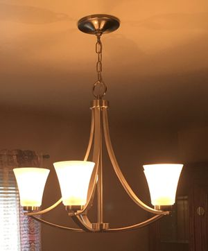 5-LIGHT CHANDELIER for Sale in Bowie, MD