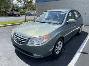 2010 HYUNDAI ELANTRA GLS CLEAN TITLE $4200 NEGOTIABLE for Sale in Winter Park , FL