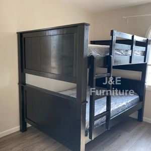 Full Over Full Bunk Bed (Mattress Included for Sale in Downey, CA