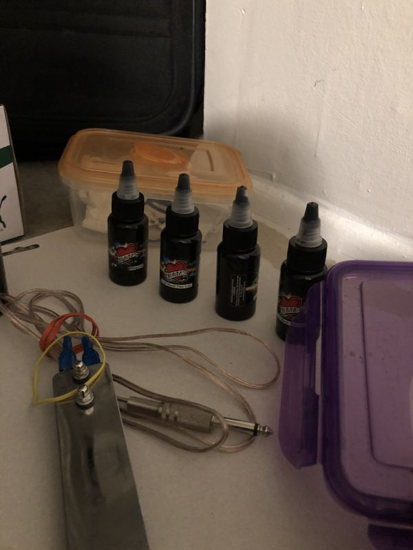 Tattoo equipment / Machines ( everything you need to go )