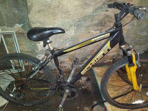 Shwinn 24 in mountain bike for Sale in Butler, PA