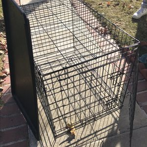 Crate for Sale in Pomona, CA