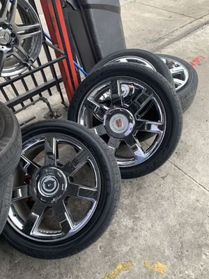 "22"" Factory chrome Cadillac Escalade Rims for Sale in San Diego, CA"