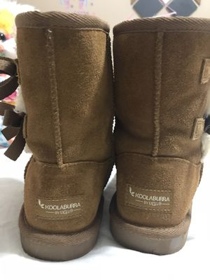 Girls sz 2 KOOLABURRA UGG WINTER BOOTS for Sale in Davie, FL