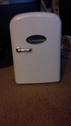 Portable Refidgerator /Warmer for Sale in Raleigh, NC
