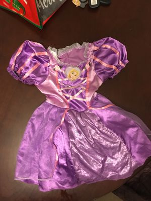 Rapunzel dress size 2T for Sale in Chula Vista, CA