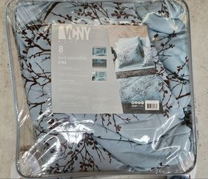 King Comforter Sets for Sale in Williamsburg, MI