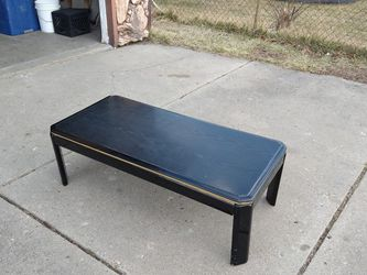 Black Coffee Table (46×22 inches) for Sale in Westland,  MI