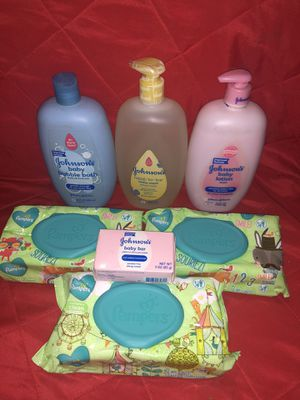 Johnson baby bundle or baby shower gift set for Sale in Mesquite, TX
