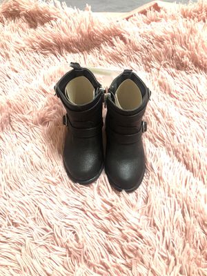 Black boots for Sale in Manteca, CA