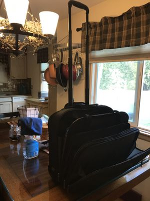 Computer bag with wheels for Sale in North Royalton, OH