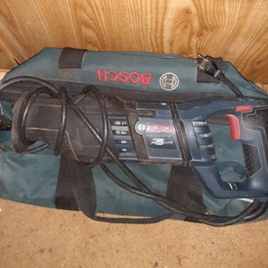 Bosh 14 Amp Saw all With Carrying Bag for Sale in Napa, CA