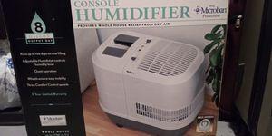 Humidifier- 8 gallon for Sale in Canton, GA