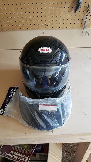 Bell brand motorcycle Helmet. Size XL for Sale in North Las Vegas, NV