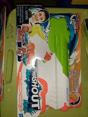Nerf super soaker squirter band new for Sale in Erie, PA