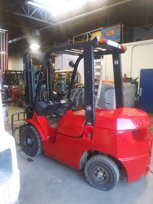 Toyota Pnuematic forklift/hilo for Sale in Warren, MI