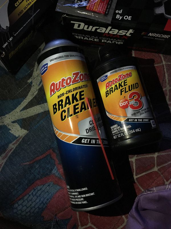 Car brakes pads and fluid for a Honda