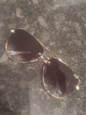 Quay Desi Perkins Woman's avaiatar sunglasses for Sale in Phoenix, AZ
