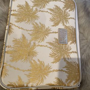 Lilly Pulitzer palm Laptop Case for Sale in St. Cloud, FL