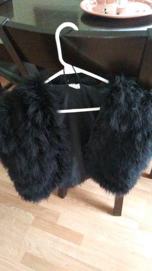 Faux Fur vest for Sale in Harrison charter Township, MI