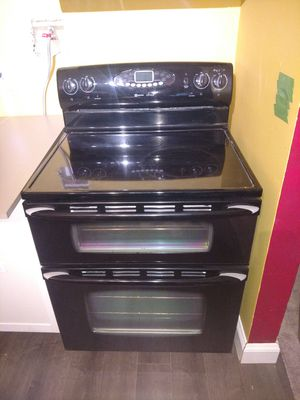 Maytag double oven electric range for Sale in Harrisonburg, VA
