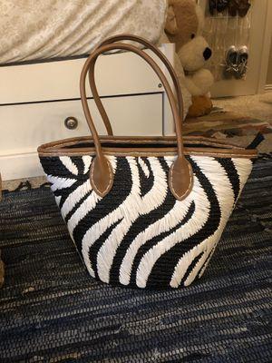 100% Wheat straw zebra tote bag for Sale in North Richland Hills, TX