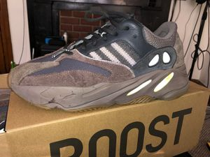 YEEZY 700 BOOST for Sale in New Market, MD